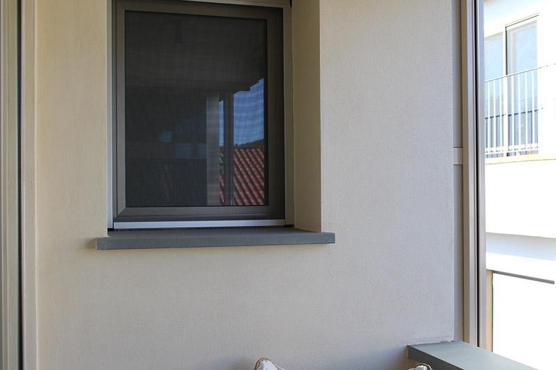 Img 1436 estrazione e lavorazione pietra serena calamini pietra serena - Davanzali finestre in pietra ...