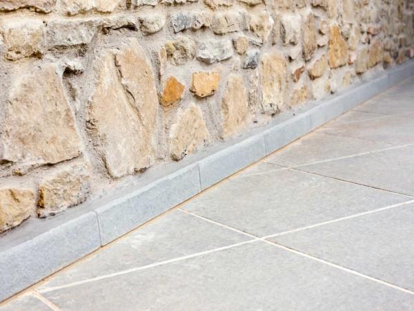 tenuta il borro restauro in pietra serena