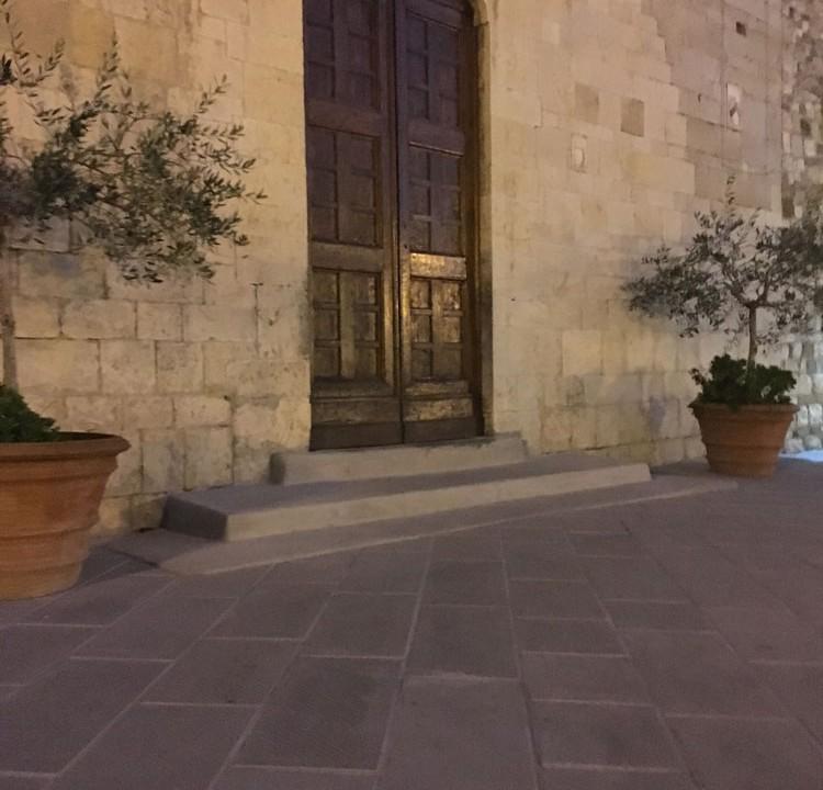 piazza ubaldo peruzzi restauro pavimentazione