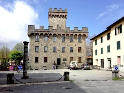 Restauro in Pietra Serena  Piazza Casini Firenzuola: Abbattimento barriere architettoniche
