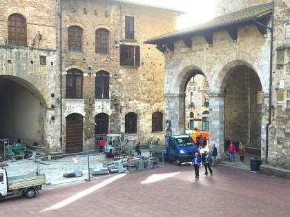 San Gimignano: restauro pavimentazione Piazza Duomo