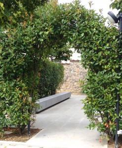 inserti-da-giardino-in-pietra-serena