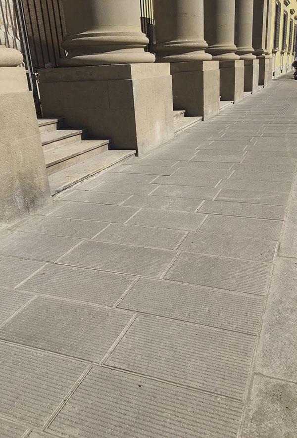 pavimentazione restaurata in pietra