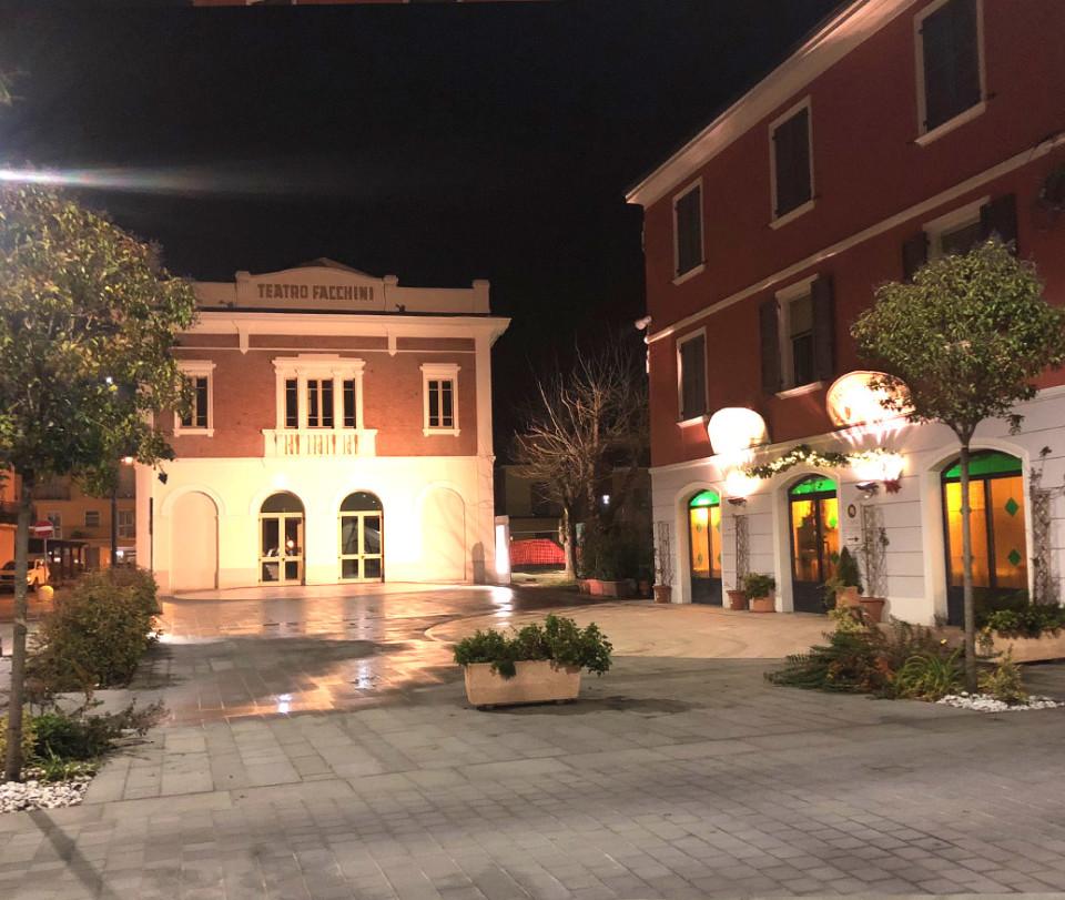 Progetto Restyling Centro Storico Medolla restauro piazza medolla in pietra serena