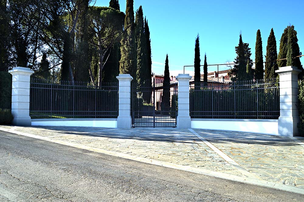 ristrutturazione villa di Villamaggio in pietra serena di firenzuola